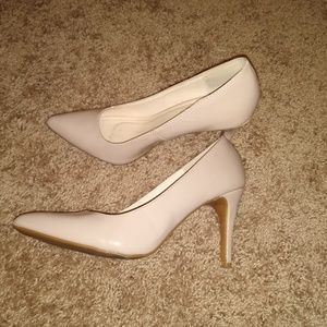 Nude Heels from Bamboo